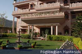 Hotel_porch_sp